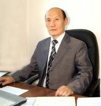 Юбилей отмечает первый проректор ТувГУ Валерий Ооржак
