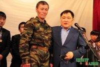 Глава Тувы: Поздравляем с 23 февраля ветеранов и всех, кто сегодня защищает безопасность и национальные интересы России