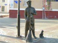 Форум работников ЖКХ поддержал идею установки в Кызыле памятника Дворнику