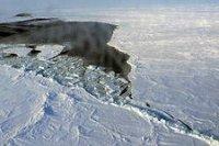 На Тодже при переходе по ледовой переправе мужчина провалился под лед и утонул