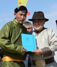 """Лошади """"Доруг"""" из Кызылского, Улуг-Хемского и Сут-Хольского кожуунов Тувы принесли хозяевам победу на скачках"""