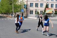 В эстафете на призы «Кызыл-Недели» время девчат школы № 12 не смогли улучшить даже будущие учителя физкультуры