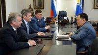 Главе Тувы представлен новый начальник Управления ФСБ