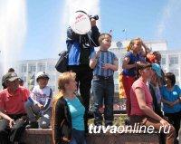 Легендарный калмыцкий «Тюльпан» расцвел в День России на главной площади Тувы