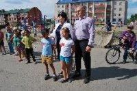 Еще в трех дворах Кызыла нынешним летом откроются детские городки