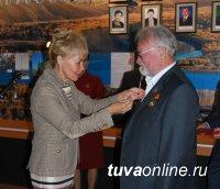 Когорту Почетных граждан Кызыла пополнил Петр Морозов