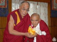 После продолжительной болезни ушел из жизни Камбы-Лама Тувы Тензин Цультим