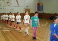 Первым из восьми победителей турнира по мини-футболу среди кызылских школ стала школа № 3