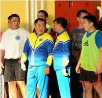 Министерства и ведомства Тувы сделали традицией занятия спортом