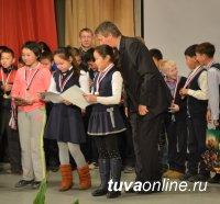 Алдынай Сат с 10-ю голами стала лучшим бомбардиром турнира по мини-футболу в Кызыле