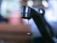 Кызылчанке выплатят компенсацию за слабый напор воды в домe