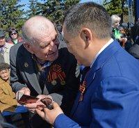 Тувинских ветеранов обеспечат мобильными телефонами с экстренной кнопкой