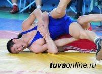 Сайын Казырык завоевал золотую медаль на международном юношеском турнире по вольной борьбе