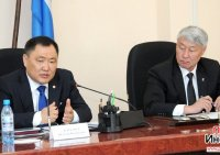 Глава Тувы ожидает от парламентариев более продуктивной работы в избирательных округах