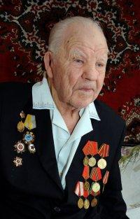 Тува: На 102-м году жизни остановилось сердце легендарного фронтовика Александра Шумова