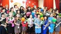 Премиальный фонд для поощрения лучших учителей Тувы сохранен