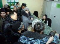 Глава Тувы пообщался в очереди с пенсионерами Тандинского района и поставил задачи перед местными властями