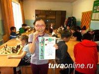 Первый разряд по шахматам и первое место в турнире завоевала 10-летняя Белек Таргын