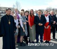 Глава Тувы принял участие в пасхальных торжествах в Кызыле