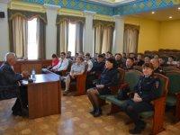 Встреча будущих полицейских Тувы с блокадником Борисом Подгорным
