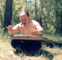 Умер Геннадий Чамзырын, известный музыкант-виртуоз-универсал, сказитель,  артист