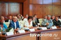 Сайлыкмаа Комбу: Единство литератур способствует дружбе народов