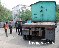 Кызыл: Гараж без документов вывезли на свалку