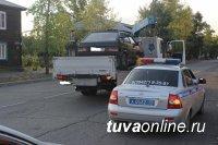 В выходные дни в Туве задержаны 52 нетрезвых водителя, шесть из них - женщины
