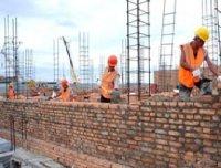 В Туве продолжится строительство жилья для детей сирот и спортивных сооружений