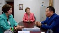 Глава Тувы обсудил с руководством Гослицея вопросы специализации образовательных учреждений республики