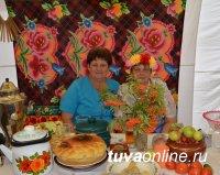Подарки от Тувы на 200-летие села Верхнеусинское