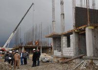 Глава Тувы проверил ход строительства в Кызыле жилых домов