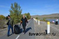 Жители Кызыла в День Енисея очистили берег Великой реки от мусора