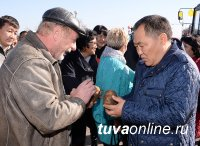 Выставка «Золотая осень» в Кызыле: очередь за мясом сарлыков и тере-хольской щукой