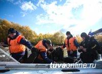 Тува. Спасатели ищут без вести пропавшего на озере Нойон-Холь