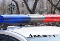 Инспекторы ДПС ГИБДД Кызыла по «горячим следам» задержали подозреваемого совершении угона