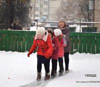 В Кызыле идет заливка дворовых хоккейных коробок