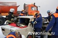 В Туве проводились учения по ликвидации последствий ДТП на федеральной трассе