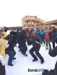 Дорожники Тувы состязались по зимним видам спорта на станции «Тайга»