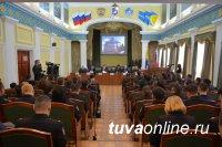 МВД Тувы: В 2015 году более 2000 торговцев, незаконно торгующих алкоголем, привлечены к ответственности