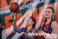 В Туве лучшими бомбардирами школьного баскетбола стали Седен Чаян (Кызыл), Айлен Саая (с. Аксы-Барлык)