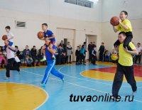 Дедушка, папа и внук Серенбил - самая спортивная семья Кызыла