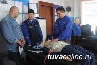 Акция «Спасите наши жизни» организована медиками Тувы совместно с ГИБДД на федеральной трассе М 54