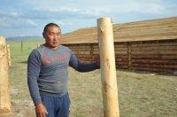 Орлан Монгуш: Чтобы построить большую кошару и дом требуется несколько лет, а власти Тувы делают это для нас бесплатно и за одно лето