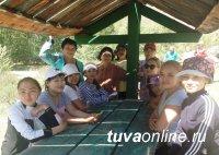 Студенты ТувГУ прошли диалектологическую практику в Сут-Хольском кожууне