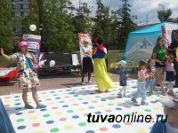 27 августа в шествии ко Дню города пройдут «Армия Ирбиса», команда «Возраст – не помеха», молодежное движение «Книжная лавка» и многие другие