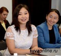 Глава Тувы Шолбан Кара-оол: Краснодипломники – люди, с которыми можно иметь дело