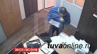 В Туве оштрафован адвокат, съевший чек алкотестера