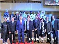У студентки из Тувы Янчымаа Донгак - Первая премия международного конкурса игры на кобызе (Казахстан)