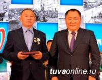 В Туве отметили 80-летие дорожной отрасли